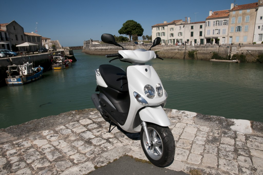 location de scooter 50cc